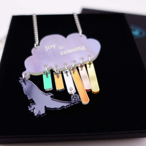 Joy is coming necklace in sunshower colours close up