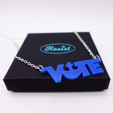 Load image into Gallery viewer, vote necklace in démocrate vote blue colour on box