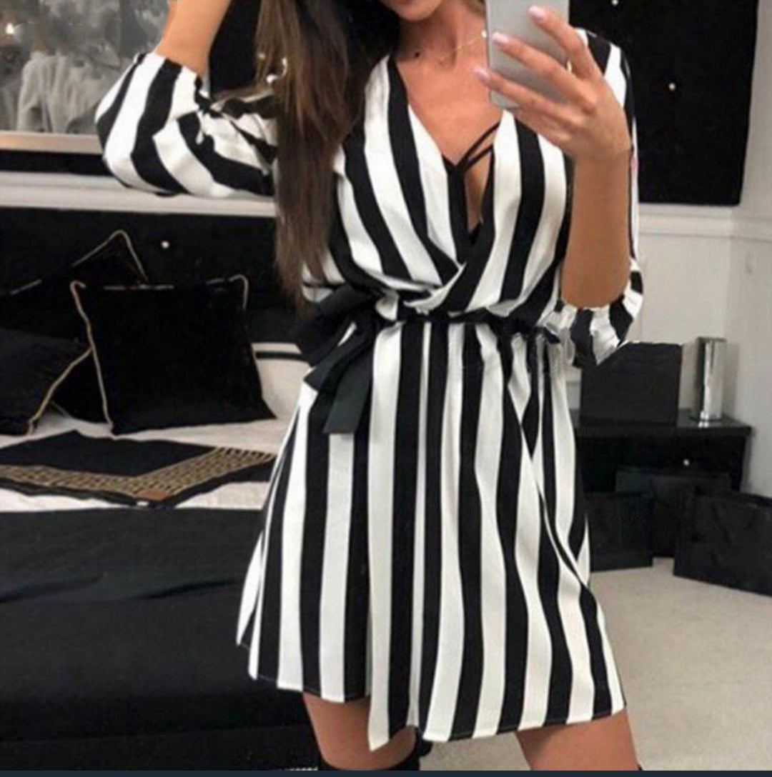 Casual Loose Black and white striped