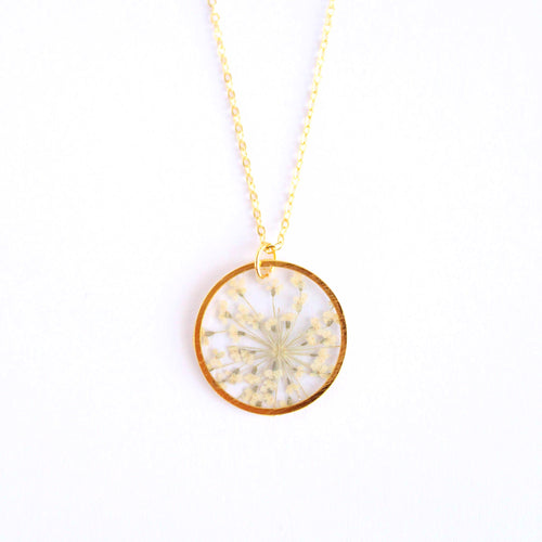 queen Anne's lace gold circle necklace