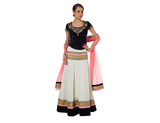 Lehenga wedding guest outfit
