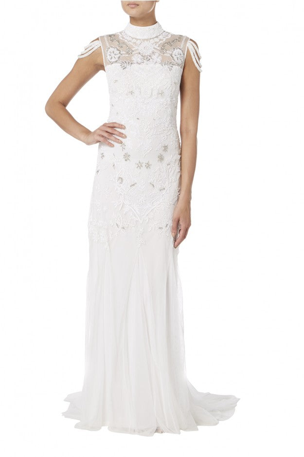 bridal-gown-with-fallen-straps-01.66