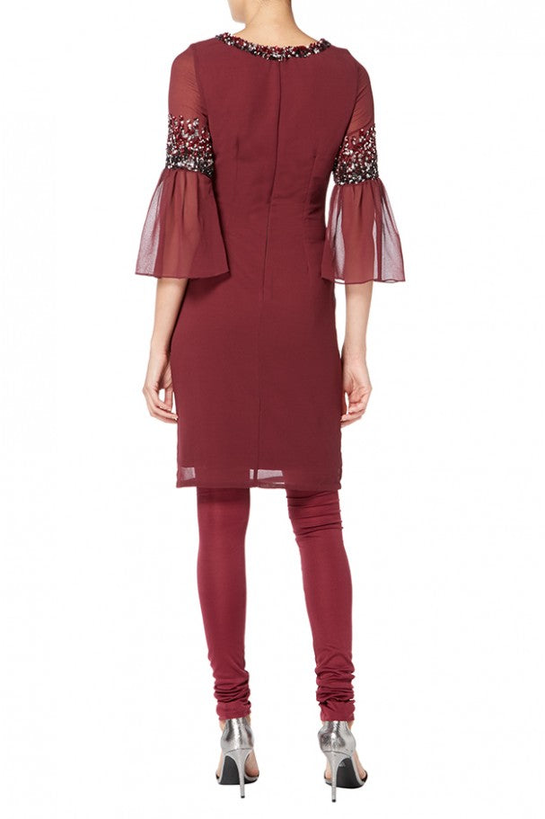 burgundy-suit-with-pleated-sleeves-02.66