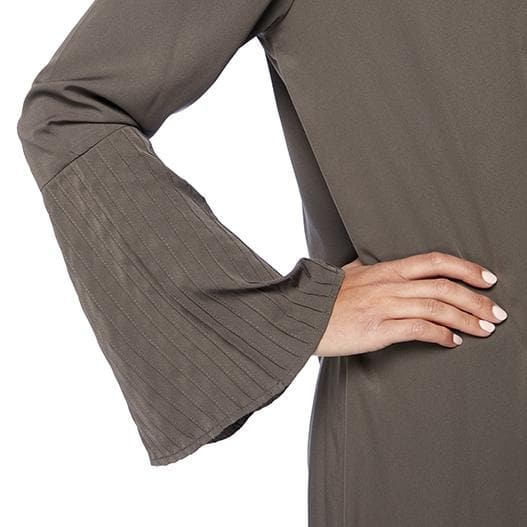 Pleated Sleeve Abaya with Shoulder Embroidery