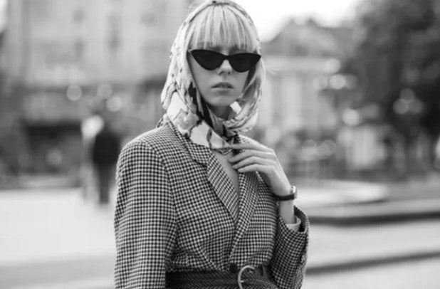 ic: A classic Houndstooth look