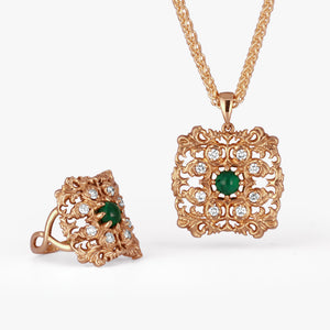 Emerald gold ring and Emerald gold pendant with diamonds collection