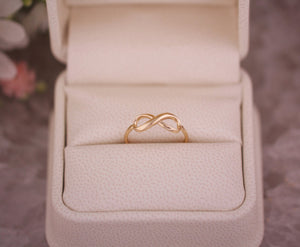 infinity ring gold