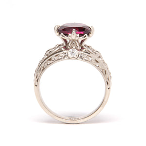 Gold Engagement ring with diamonds and Garnet in vintage style with floral design