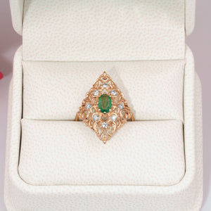 natural emerald ring with diamonds in G&D Unique Designs Gift Box