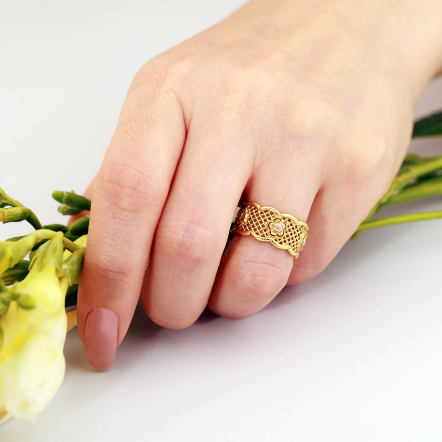 14K-18K-Yellow-Solid-Gold-wedding-band-ring-diamonds-wedding-ring-unique-wedding-band