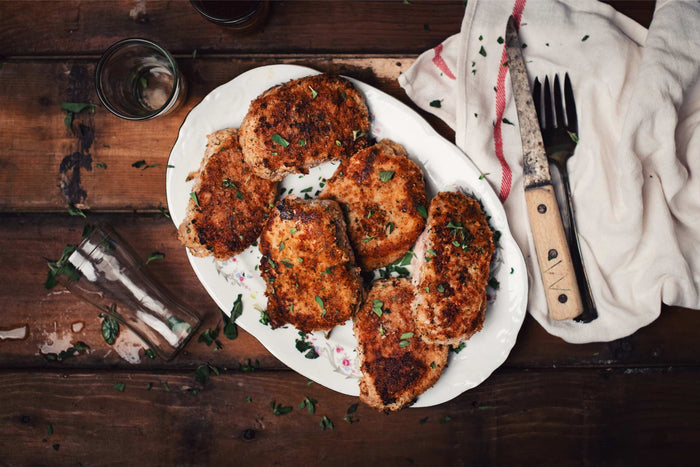 Pork Chops with Garlic and Parmesan Cheese Crust