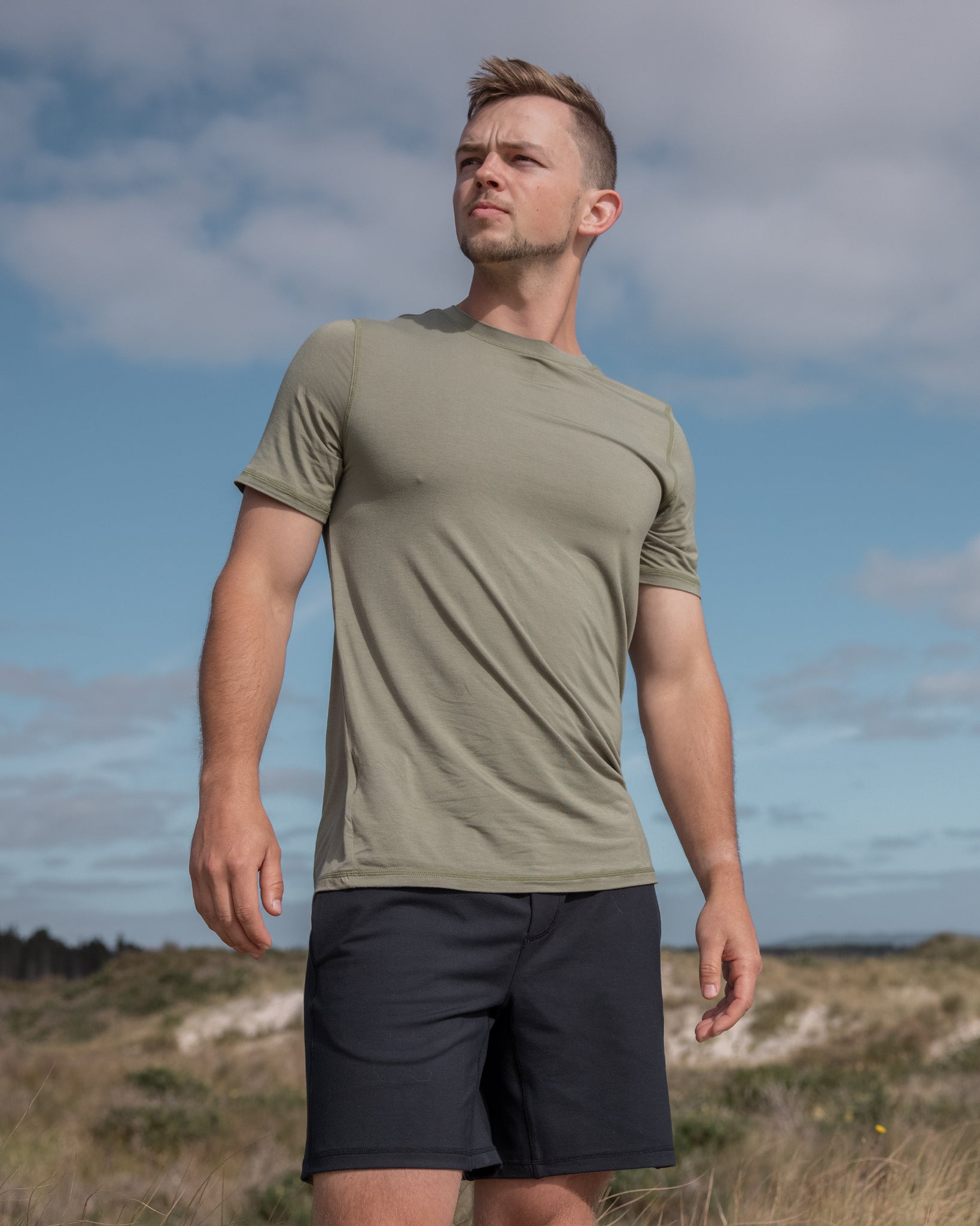 Piha Fitted T-Shirt | Forest Green | Men