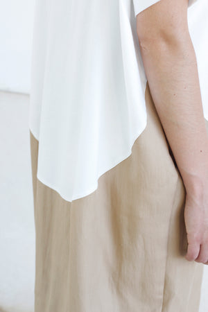 Dress Cocoon in White and Beige