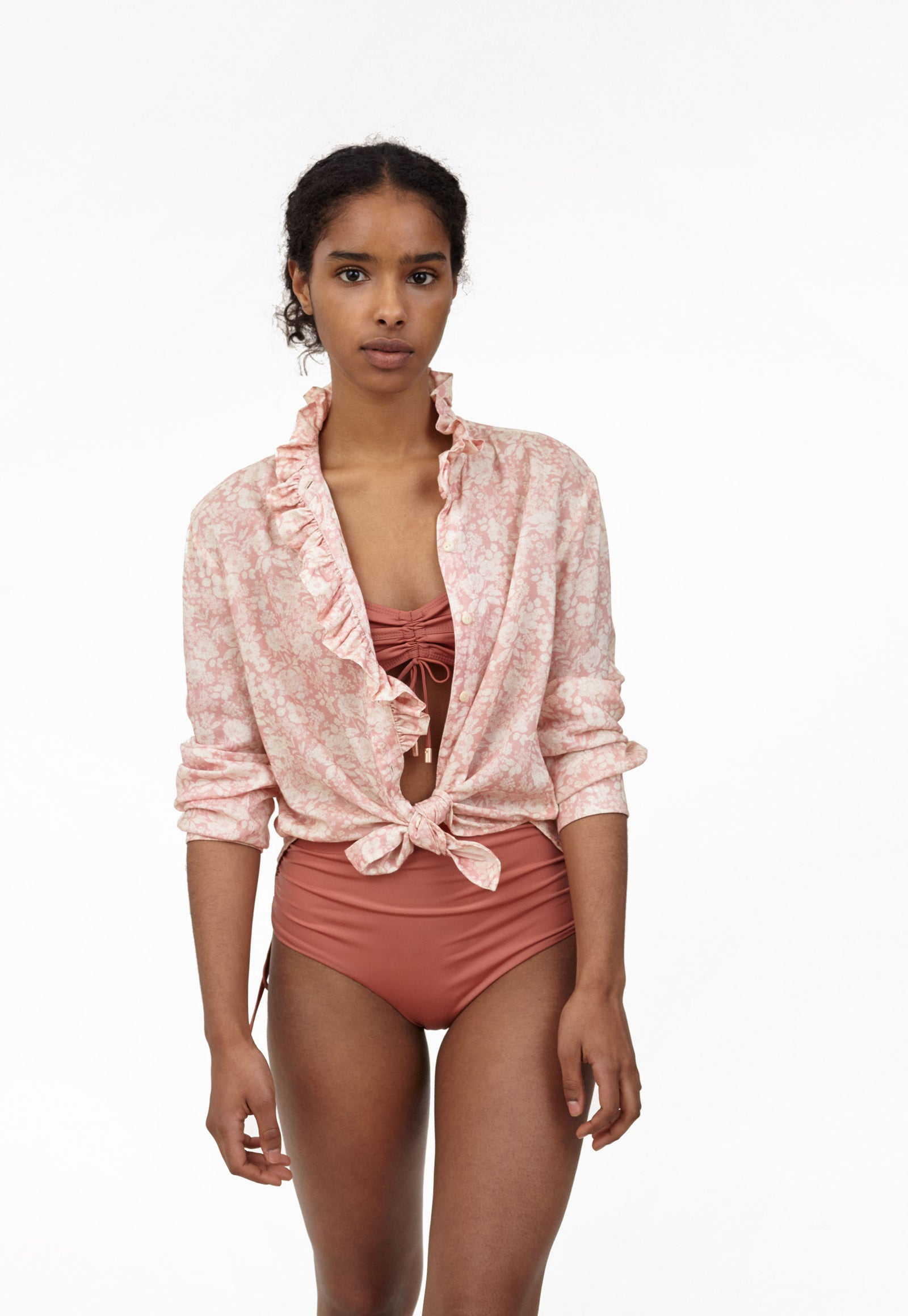 6 Shore Road Sea Breeze Beach Shirt Women's Pink Floral Shirt in XS, S, M, L - Summer 2018 Collection