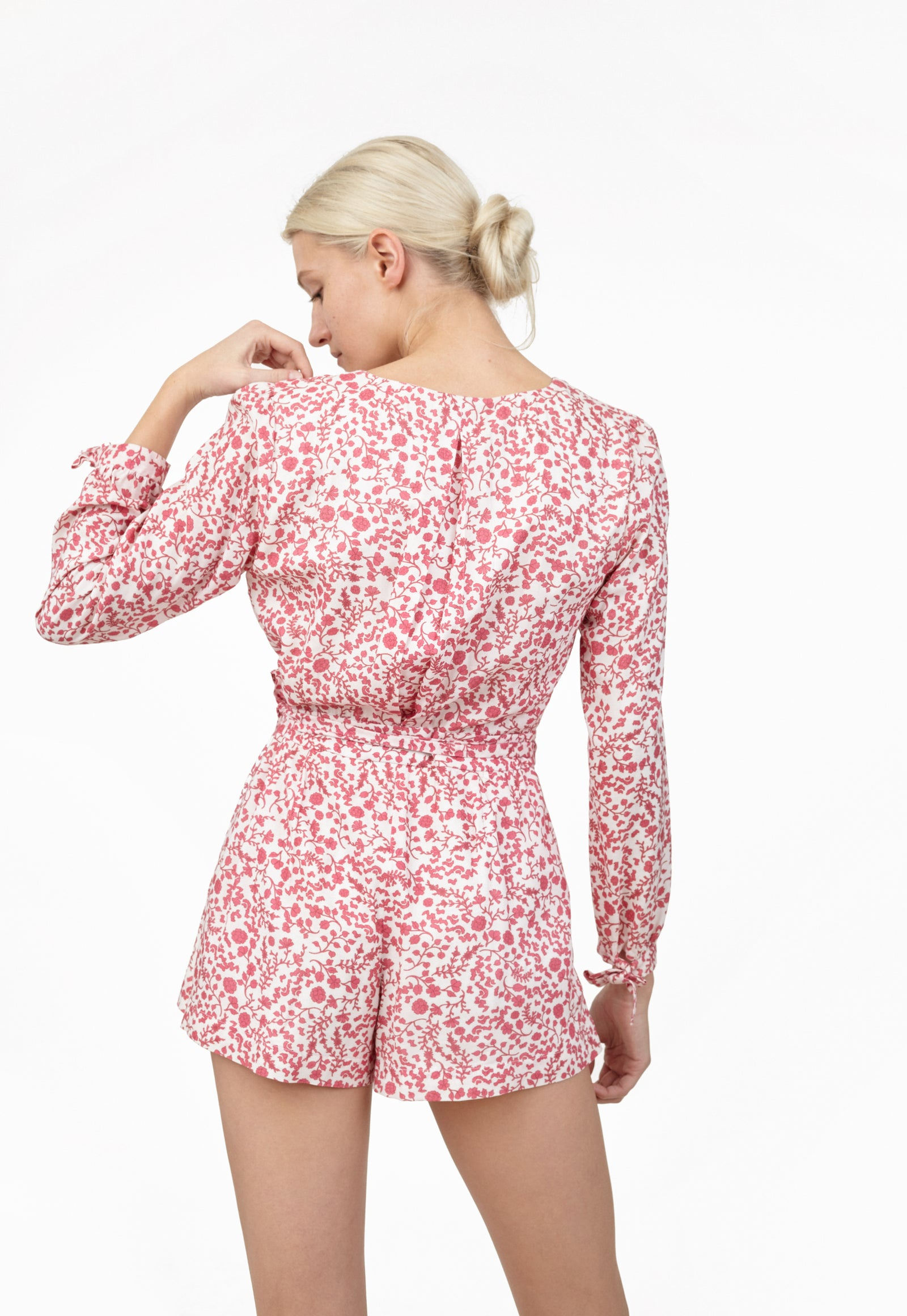 6 Shore Road Boardwalk Romper Women's Floral Romper in 0,2,4,6,8,10,12 - Summer 2018 Collection