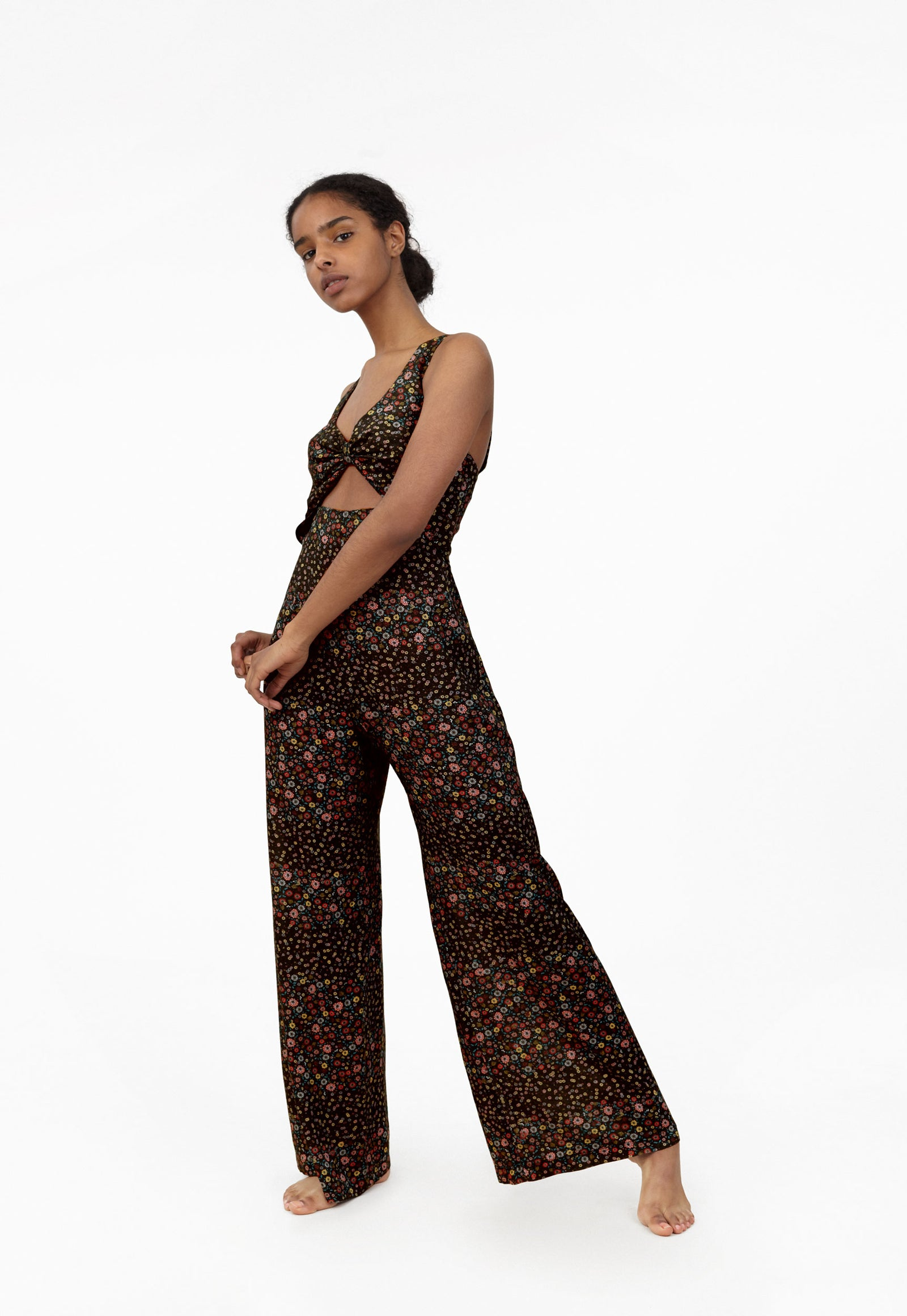 6 Shore Road Silver Screen Jumpsuit Black Floral Jumpsuit in 0,2,4,6,8,10,12 - Summer 2018 Collection