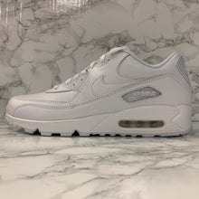 Load image into Gallery viewer, NIKE AIR MAX 90 LEATHER 302519-113