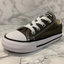 Load image into Gallery viewer, CONVERSE CHUCK TAYLOR ALL STAR OX 7J794
