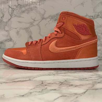 WMNS AIR JORDAN 1 RETRO HIGH SOH AO1847-640