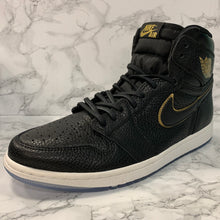 Load image into Gallery viewer, AIR JORDAN 1 RETRO HIGH OG 555088-031