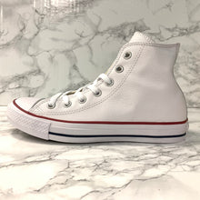 Load image into Gallery viewer, CONVERSE CHUCK TAYLOR ALL STAR LEATHER HI 132169C