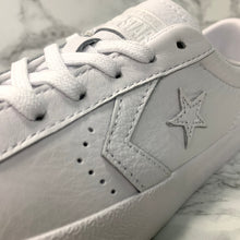 Load image into Gallery viewer, CONVERSE ONE STAR BREAKPOINT OX 157801C