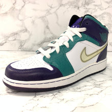 Load image into Gallery viewer, GIRLS AIR JORDAN 1 GS 322678-301