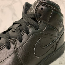 Load image into Gallery viewer, AIR JORDAN 1 MID BG 554725-021