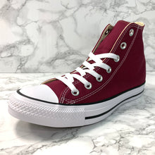 Load image into Gallery viewer, CONVERSE CHUCK TAYLOR ALL STAR HI M9613