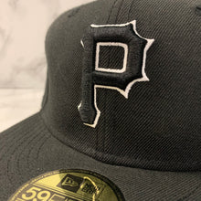 Load image into Gallery viewer, NEW ERA 59FIFTY FITTED PITTSBURGH PIRATES