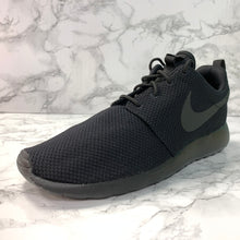 Load image into Gallery viewer, NIKE ROSHE RUN 511881-026