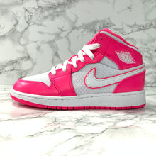 Load image into Gallery viewer, AIR JORDAN 1 MID GS 555112-611