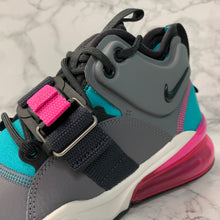 Load image into Gallery viewer, NIKE AIR FORCE 270 GS AJ8208-005