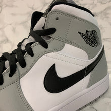Load image into Gallery viewer, AIR JORDAN 1 MID 554724-092