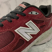 Load image into Gallery viewer, NEW BALANCE M990BU3