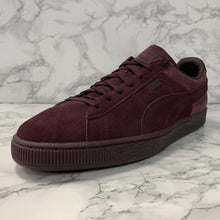 Load image into Gallery viewer, PUMA SUEDE CLASSIC CASUAL EMBOSS 361372-06