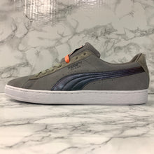 Load image into Gallery viewer, PUMA SUEDE CLASSIC X PIGEON 366334-01