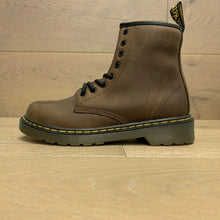 Load image into Gallery viewer, DR MARTENS DELANEY 15382201