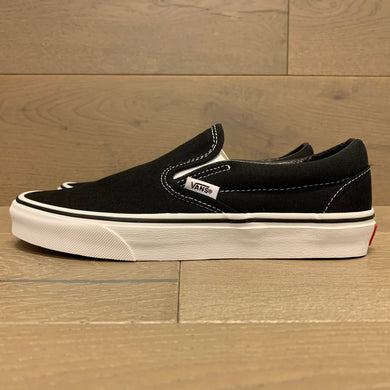 VANS CLASSIC SLIP-ON VN000EYEBLK