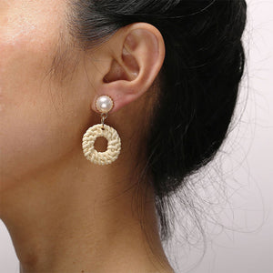 Creative Vintage Woven Beige Round Wooden Earrings With Pearl Earrings