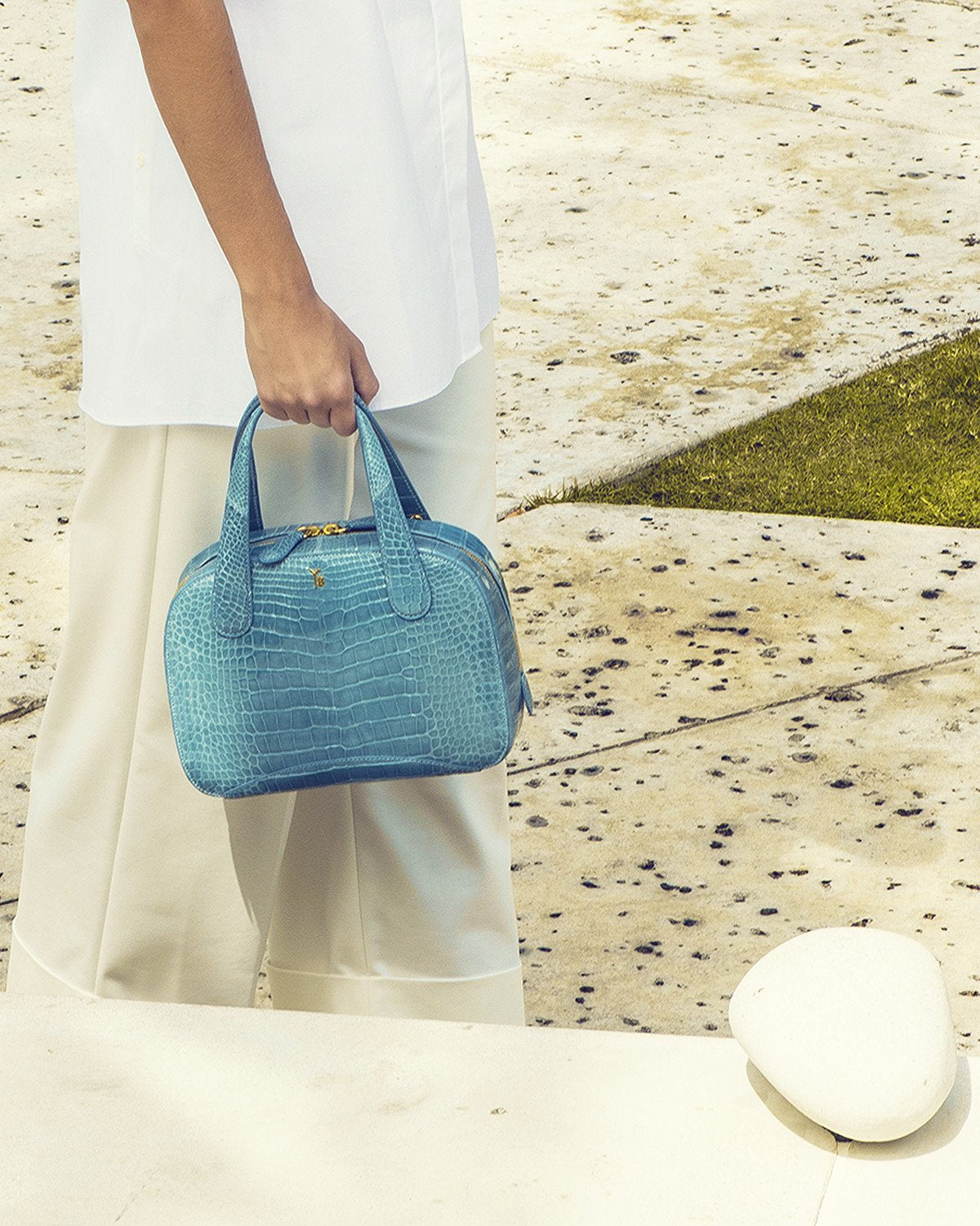 Model carrying Genuine American Alligator Sky Blue Pristine Front View Charles S Tote Style