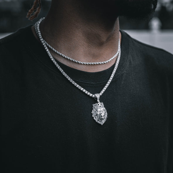ICED KXNG SHXT PENDANT IN WHITE GOLD