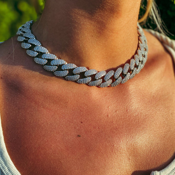 18MM ICED MIAMI CUBAN CHOKER IN WHITE GOLD