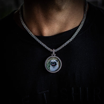 SMALL CUSTOM PHOTO MEDALLION + CHAIN