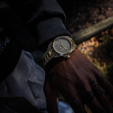 DIMEKEEPER ICED WATCH IN YELLOW GOLD