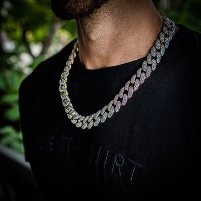 18MM ICED MIAMI CUBAN CHAIN IN YELLOW GOLD