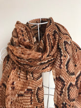 Load image into Gallery viewer, Pure Cashmere Lightweight Snake Skin Print Scarf In Brown