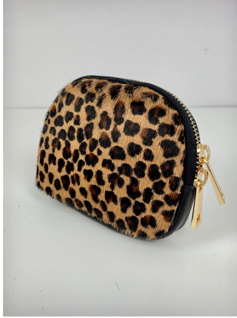 Cowhide Purse in Leather and Small Dark Leopard Print