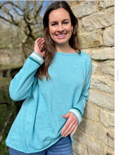 Load image into Gallery viewer, Sophia Cashmere Blend Jumper in Aqua