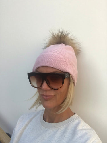 100% Pure Cashmere Hat with Natural Pom Pom in Pink